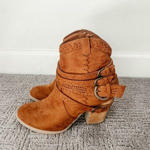 Altar'd State Booties, Size 7.5